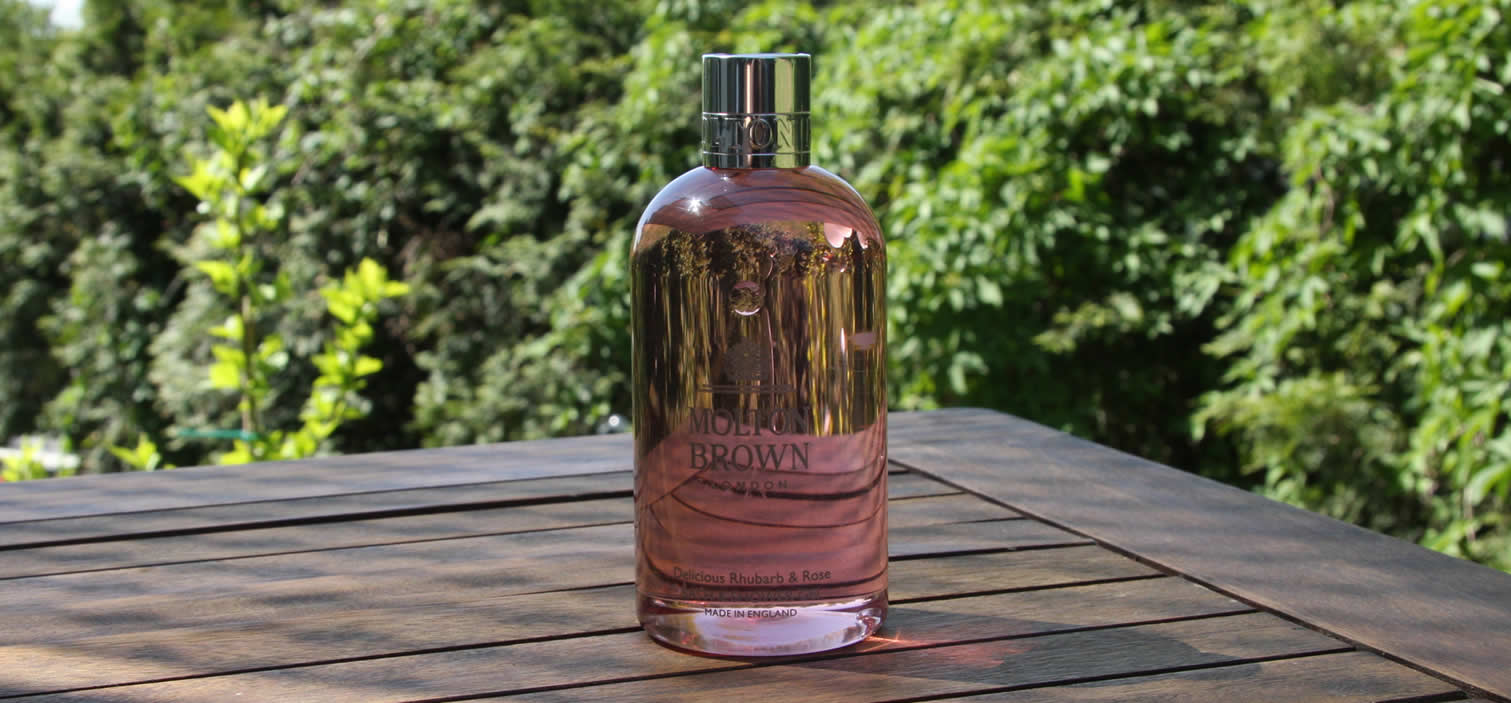 Molton Brown Delicious Rhubarb & Rose Bath & Shower Gel Test Erfahrungen